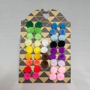 Pom poms earrings 0.5in (1.27 cm)